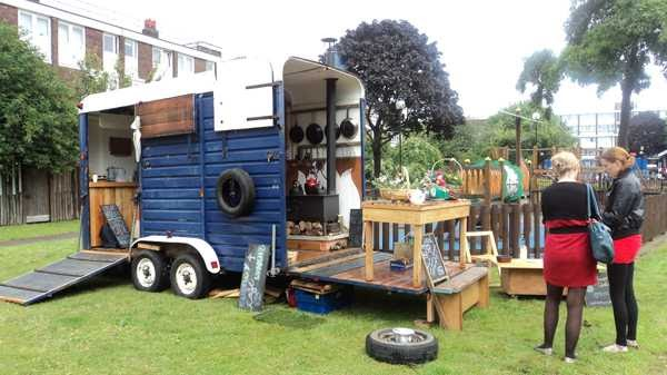 horsebox conversion to horse box bar / horsebox catering trailer or horsebox coffee conversion